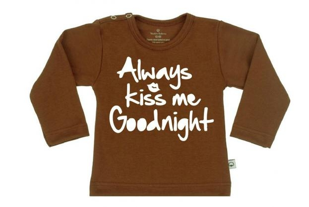 Wooden Buttons t-shirt lm  always kiss me goodnight choco