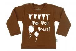Wooden Buttons t-shirt lm Hiep hiep Hoera choco