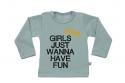 Wooden Buttens t-shirt lm Girls just wannahave fun old green